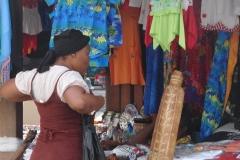 St.-Maarten-1122-Philipsburg-Vrouw-die-past
