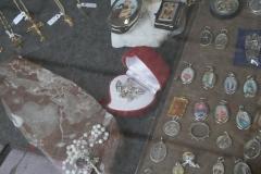 Wittem-Souvenirwinkel-bij-klooster-Kleinste-kerstgroep