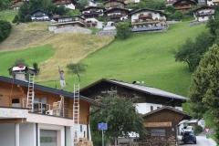 Bramberg-Oostenrijk-028-Dakdekkers