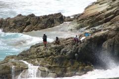 St.-Maarten-0385-Vissers-langs-de-kust