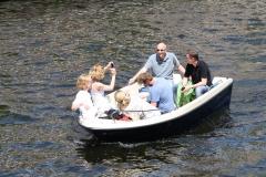 Haarlem-1079-Gezellig-in-een-bootje-op-Het-Spaarne