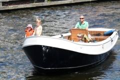 Haarlem-1081-Gezellig-in-een-bootje-op-Het-Spaarne