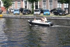 Haarlem-1128-Gezellig-in-een-bootje-op-Het-Spaarne