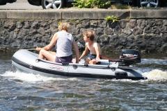 Haarlem-1202-Gezellig-in-een-bootje-op-het-Spaarne