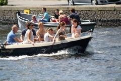 Haarlem-1218-Gezellig-in-een-bootje-op-het-Spaarne