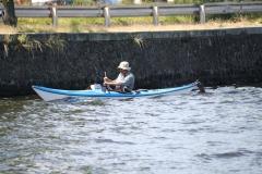Haarlem-1236-Alleen-in-een-roeibootje-op-het-Spaarne