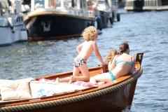 Haarlem-1240-Gezellig-in-een-bootje-op-het-Spaarne