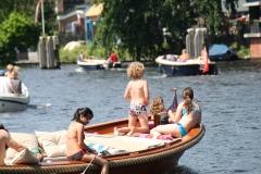 Haarlem-1243-Gezellig-in-een-bootje-op-het-Spaarne