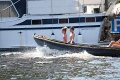 Haarlem-1256-Gezellig-in-een-bootje-op-het-Spaarne