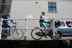 Alkmaar-217-Brug-over-Kaarsemakersgracht-met-fietsers