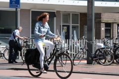 Haarlem-029-Op-de-fiets-bij-NS-station
