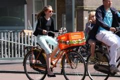 Haarlem-034-Op-de-fiets-bij-NS-station