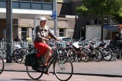 Haarlem-038-Op-de-fiets-bij-NS-station
