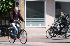 Haarlem-044-Op-de-fiets-bij-NS-station
