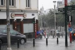 Brussel-2014-0195-Regenbuien-in-de-Marollenwijk
