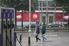 Brussel-2014-0197-Regenbuien-in-de-Marollenwijk