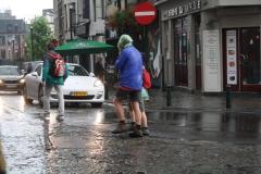 Brussel-2014-0202-Regenbuien-in-de-Marollenwijk