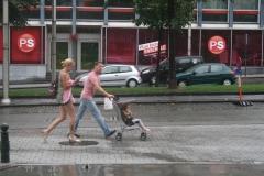 Brussel-2014-0210-Regenbuien-in-de-Marollenwijk