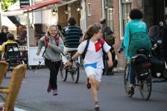 Haarlem-321-Op-de-fiets-en-hollend-door-de-stad